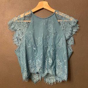 🎉Host Pick🎉Blue lace crop top✌️🎉